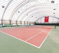 Kapalı Tenis Kortları ile her mevsim tenis oynama imkanı. Spor Çadırları için bilgi alın.